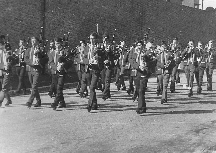 Bagad - 1966 Kevrenn EN