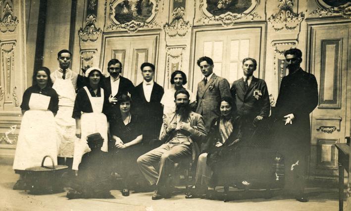 """Quand normaliens et normaliennes de 1924 jouaient la comédie """" La Poudre aux Yeux"""" d'Eugène Labiche, à l'ODET PALACE !"""